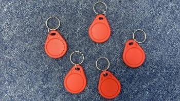 Закажи пластиковые ключи брелки Mifare S70 1k от 18 руб/шт. с доставкой в день заказа
